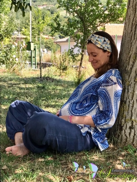 GRAVIDANZA: ansie, paure e preoccupazioni. Aromaterapia come supporto naturale e sinergico alle pratiche ostetriche. Goditi in pieno questo momento speciale!